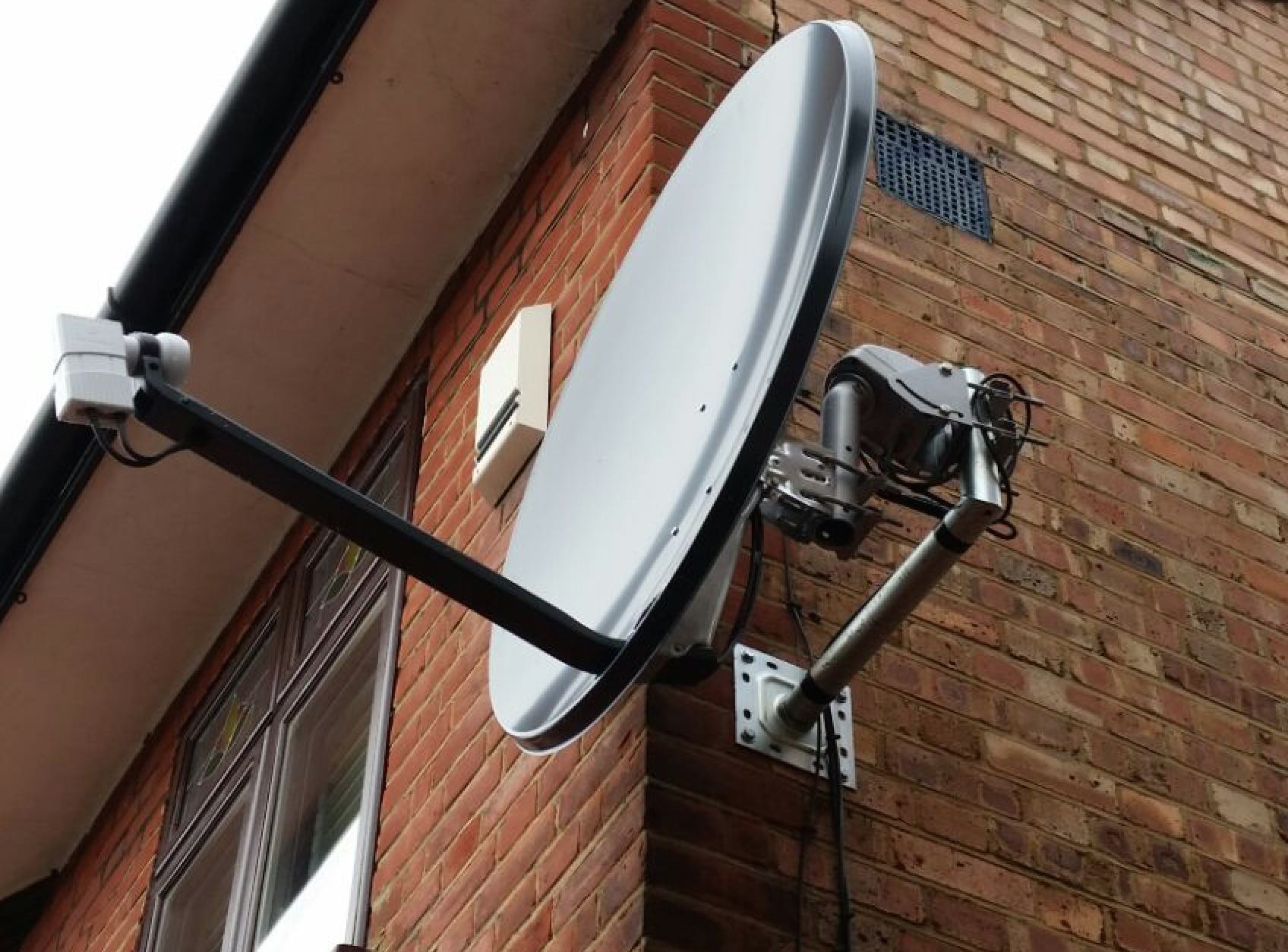 motorised_dish_installation_satfocus